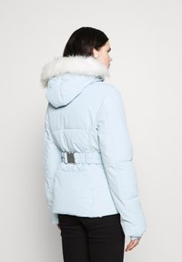 Missguided - SKI JACKET WITH MITTENS AND BUMBAG  - Winter jacket - light blue - 2