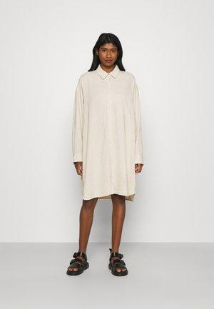 HERTHA SHIRT DRESS - Shirt dress - beige