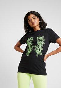 NEW girl ORDER - DOUBLE DRAGON PRINT TEE - T-shirt med print - black - 0