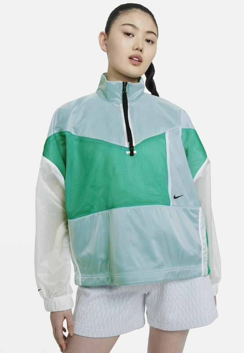 Nike Sportswear - W NSW TCH PCK - Windbreaker - neptune green/white/black