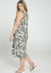 Paprika - Day dress - khaki - 2