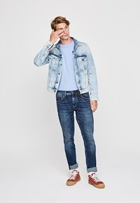 Pepe Jeans - Slim fit jeans - blue denim - 1