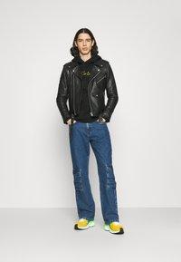 Primitive - WOLVERINE HOOD - Sweater - black - 1