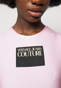 Versace Jeans Couture - LADY - Print T-shirt - pink confetti - 4