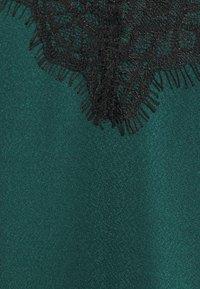Vero Moda - VMALBERTA NEW SINGLET - Top - ponderosa pine/black - 6