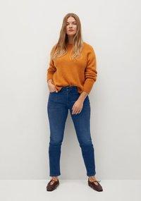 Violeta by Mango - VALENTIN - Slim fit jeans - mittelblau - 1
