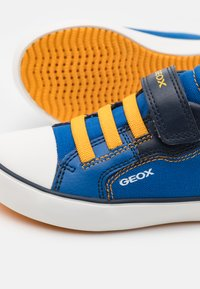 Geox - GISLI BOY - Trainers - royal/yellow - 5