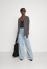 Vero Moda Tall - VMJILLNINA  - Blazer - dark grey melange - 1