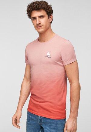 MIT FARBEFFEKT - Print T-shirt - light pink