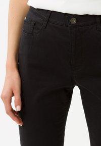 BRAX - STYLE CAROLA - Straight leg jeans - black - 3