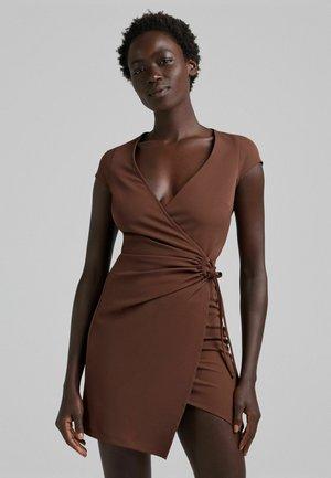 Skjortklänning - brown
