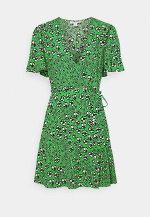 FLORAL BUTTON WRAP TEA DRESS - Vestito estivo - green
