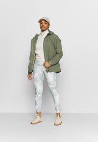 Vaude - ROSEMOOR - Hardshell jacket - fango - 1