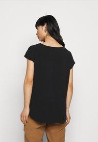 Vero Moda Petite - VMBOCA BLOUSE - Basic T-shirt - black - 2