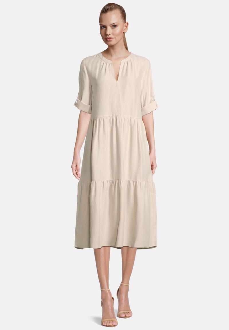 Betty & Co - Maxi dress - cream nature