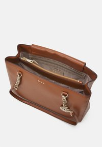 DKNY - BRYANT SHOP TOTE SUTTON - Handbag - caramel - 3