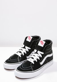 Vans - SK8-HI - High-top trainers - black - 9