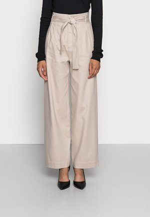 TICK PANT - Relaxed fit jeans - simply taupe