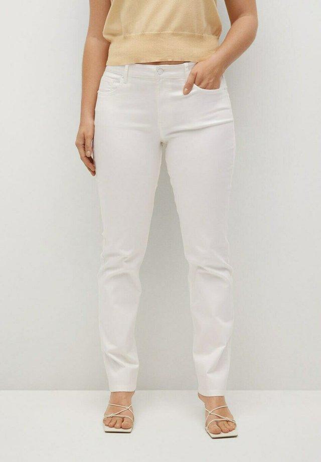 JULIE  - Jeans slim fit - white