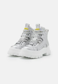 Buffalo - VEGAN ASPHA MID - Platform ankle boots - silver - 2