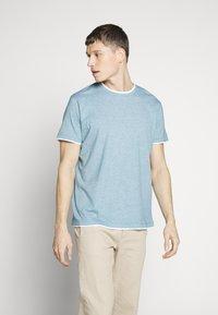 Esprit - Print T-shirt - petrol blue - 0