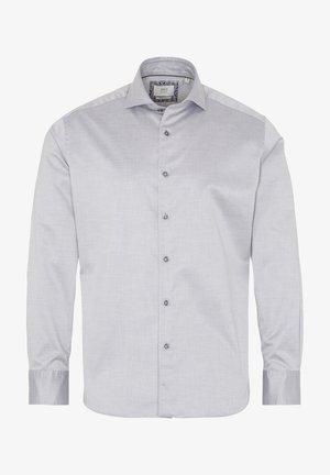 MODERN FIT - Shirt - silbergrau