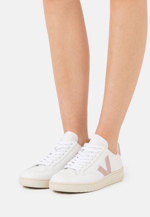 V-12 - Trainers - extra/white/babe