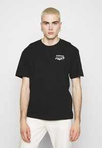 Edwin - LOGO MAP CHEST - Print T-shirt - black - 0