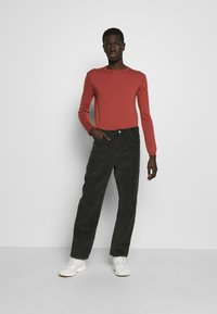 Wood Wood - HAROLD CORD TROUSERS - Trousers - dark green - 1