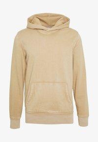 SUEDED HOOD - Hoodie - camel beige