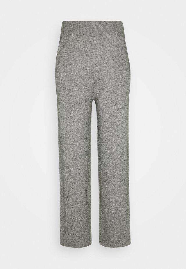 TROUSER - Pantalon classique - light grey