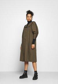 H2O Fagerholt - MAMI DRESS - Denní šaty - forrest green - 1