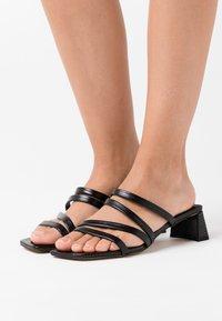 Topshop - DIXIE MULE - Pantofle na podpatku - black - 0