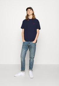 Polo Ralph Lauren - CLASSIC FIT JERSEY T-SHIRT - Basic T-shirt - newport navy - 5