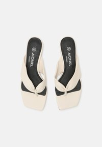 Monki - T-bar sandals - white dusty light - 5