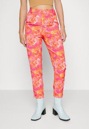 VIBRANT FLORAL FREYA TROUSER - Trousers - multi