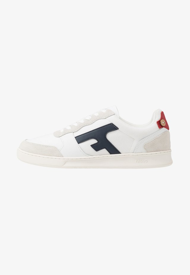 BASKETS HAZEL  - Matalavartiset tennarit - white/navy