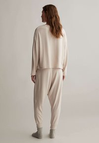 OYSHO - COMFORT FEEL  - Pyjama top - beige - 1