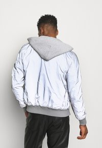 Alpha Industries - HOOD REFLECTIVE - Bomber Jacket - silver - 2