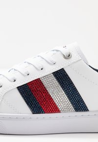 Tommy Hilfiger - CRYSTAL LEATHER CASUAL  - Trainers - white - 2