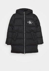 Calvin Klein Jeans - ESSENTIAL PUFFER - Zimní kabát - black - 0