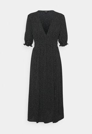 REESE DRESS - Denní šaty - black/off white