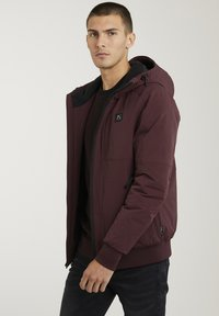 CHASIN' - Winter jacket - red - 3