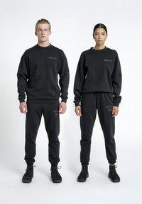 HALO - HALO - Sweatshirts - black - 0
