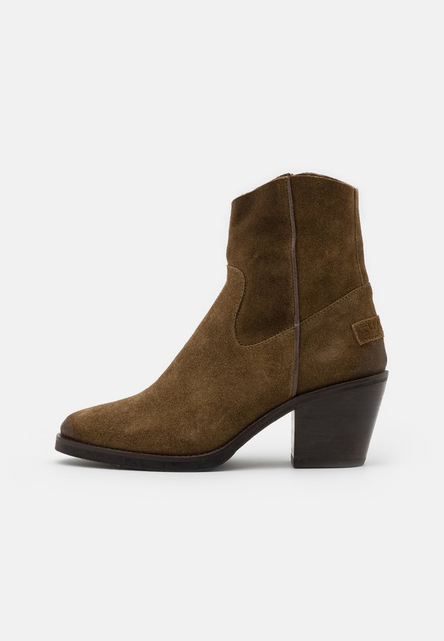 Bottines - warm brown