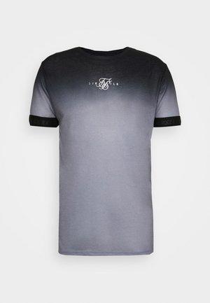 HIGH FADE TECH TEE - T-shirt med print - black/grey