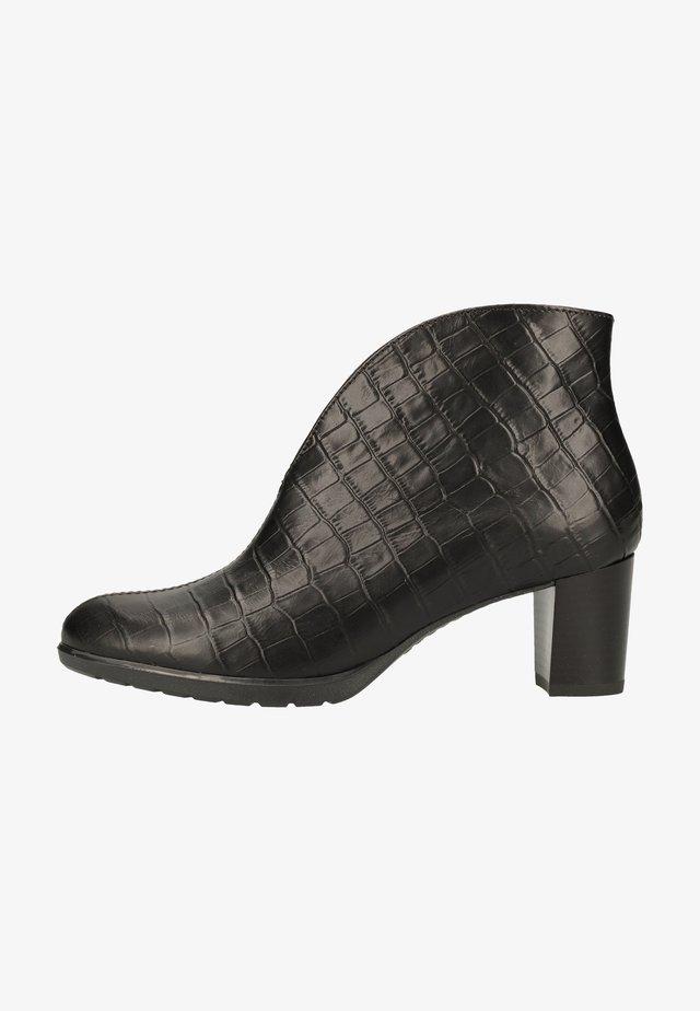 Korte laarzen - schwarz 74