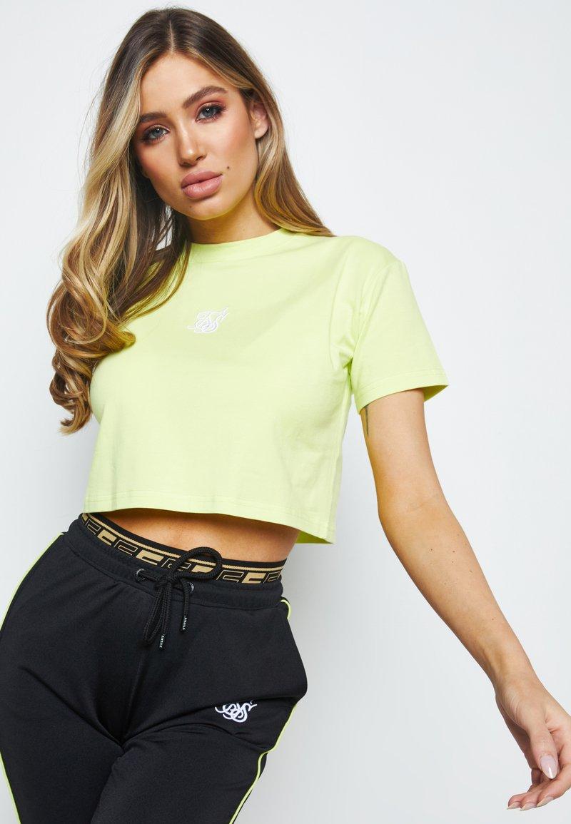 SIKSILK - Basic T-shirt - lime