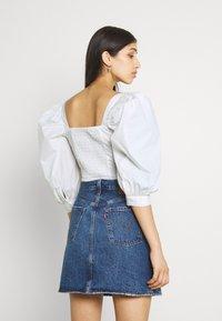 Gina Tricot - MADELEINE BLOUSE - Print T-shirt - offwhite - 2