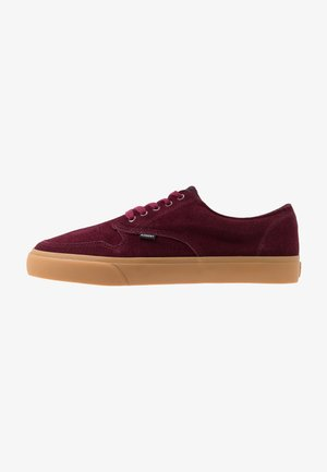 TOPAZ - Skateschoenen - dark red/brown